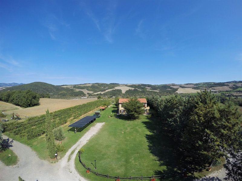 Vista esterna della casa vacanze Affitto Agriturismo 106681 Volterra