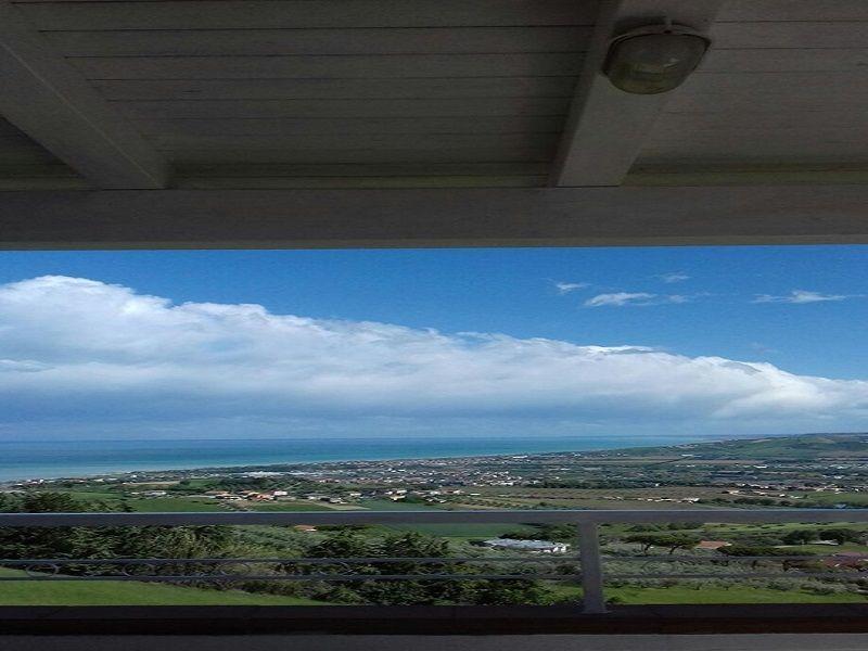Vista dal terrazzo Affitto Appartamento 72327 Roseto degli Abruzzi