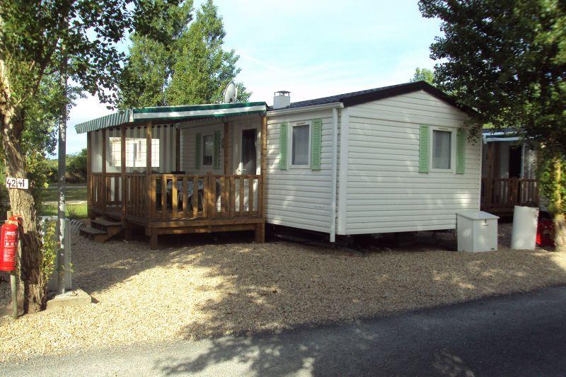 Vista esterna della casa vacanze Affitto Casa mobile 92090 Saint Denis d'Oléron