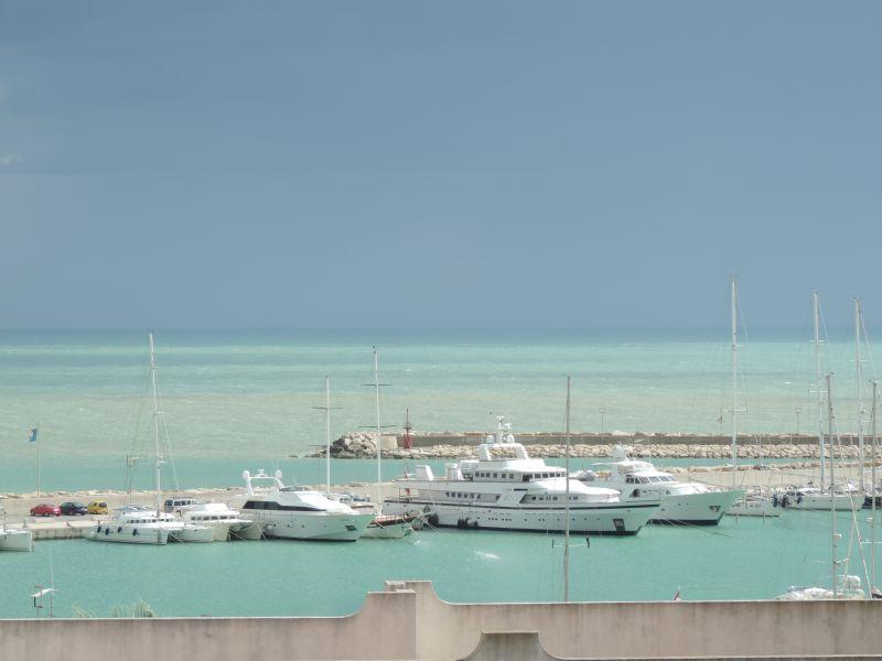 Vista dal terrazzo Affitto Appartamento 103248 Marina di Ragusa