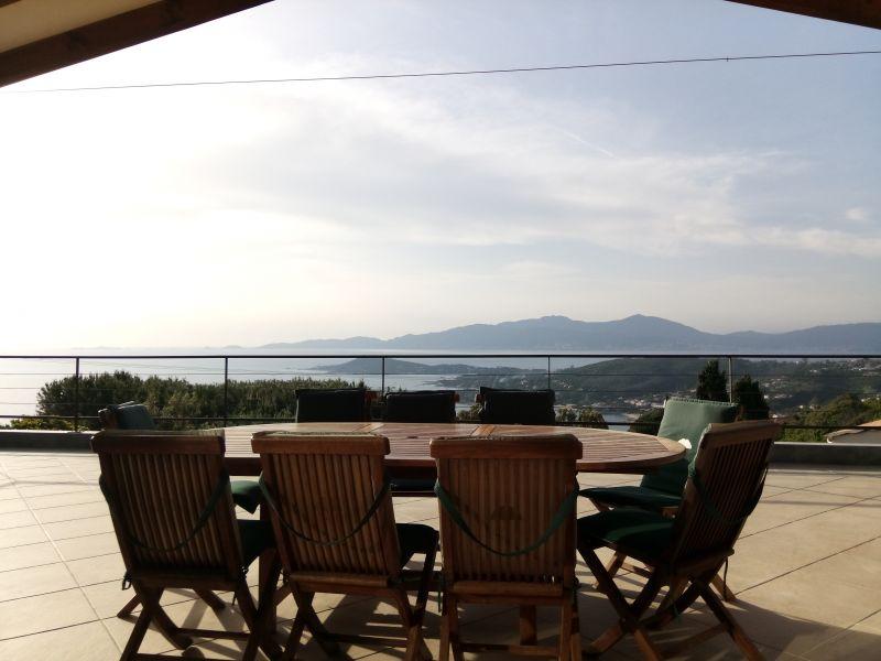 Vista dal terrazzo Affitto Villa  114573 Porticcio