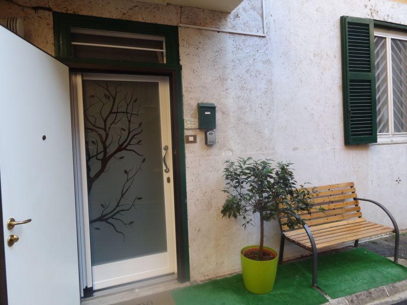 Vista dalla casa vacanze Affitto Appartamento 116294 Roma