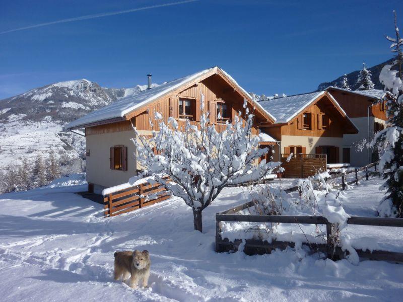 Vista nelle vicinanze Affitto Chalet 65856 Les Orres