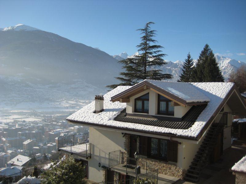 Vista esterna della casa vacanze Affitto Appartamento 75618 Aosta