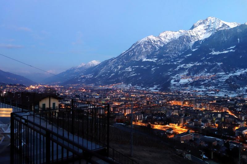 Vista dal balcone Affitto Appartamento 75618 Aosta