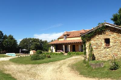 Vista esterna della casa vacanze Affitto Agriturismo 76583 Sarlat