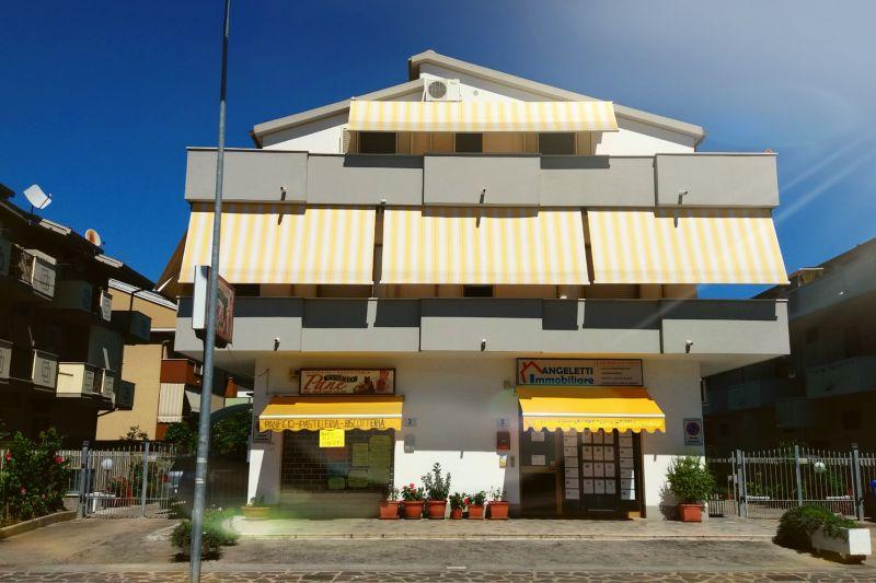 Vista esterna della casa vacanze Affitto Appartamento 81417 Silvi Marina