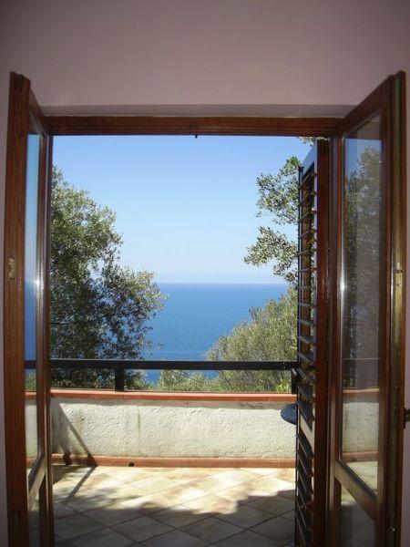 Vista dal terrazzo Affitto Appartamento 89629 Pisciotta