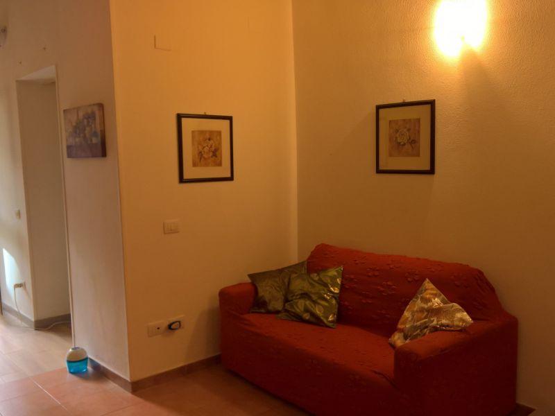 Soggiorno Affitto Appartamento 116918 Cagliari