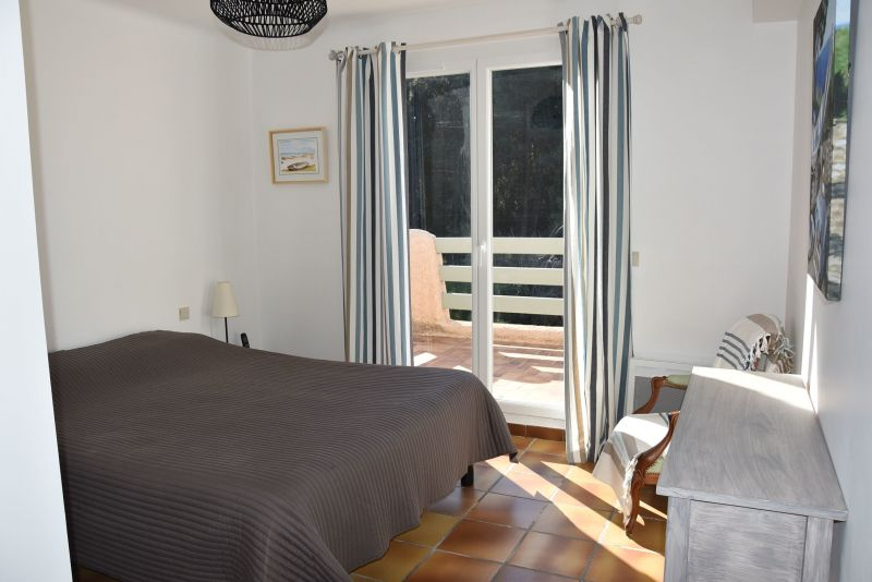Camera 1 Affitto Villa  117800 Carqueiranne
