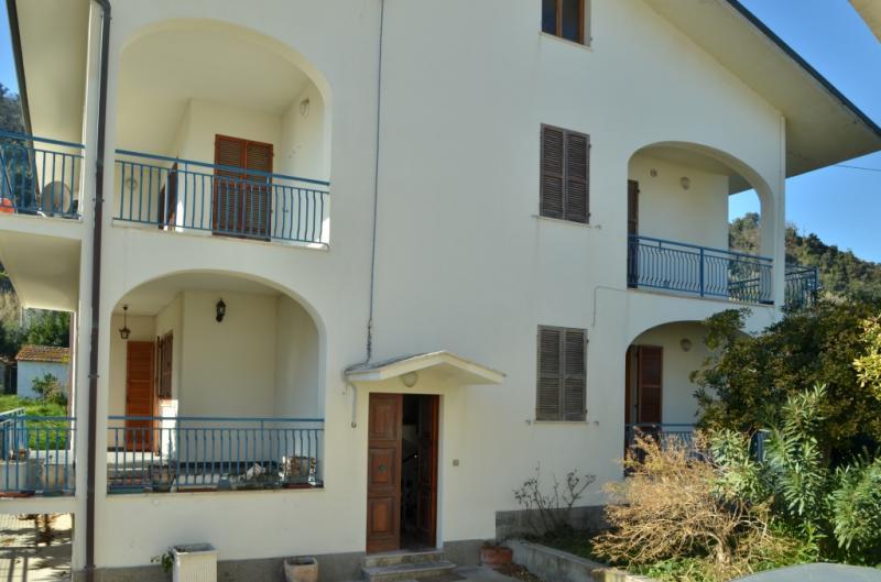 Vista esterna della casa vacanze Affitto Appartamento 69058 San Vito Chietino