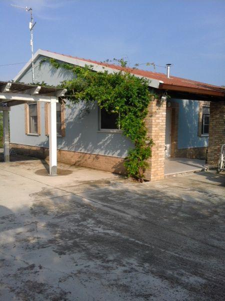 Vista esterna della casa vacanze Affitto Casa 71938 Ortona