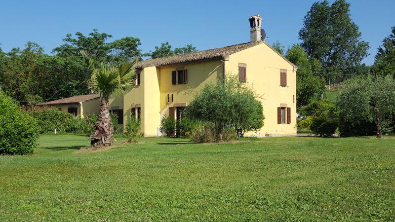 Entrata Affitto Villa  78572 Civitanova Marche