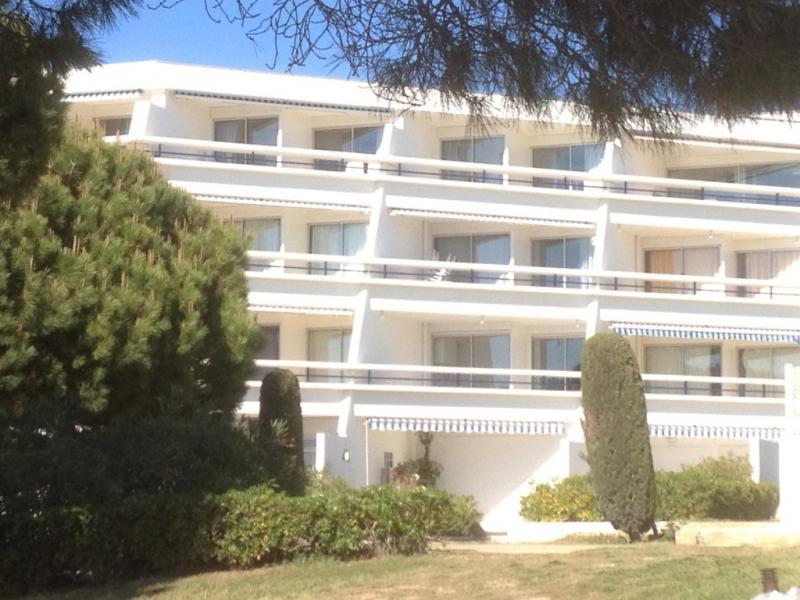 Vista esterna della casa vacanze Affitto Appartamento 86917 Le Grau du Roi