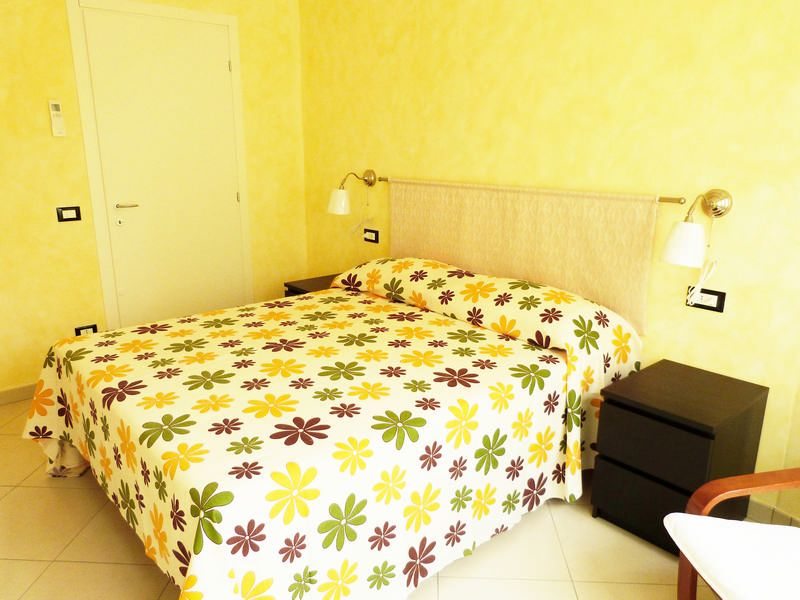 Camera 1 Affitto Appartamento 87358 Sanremo