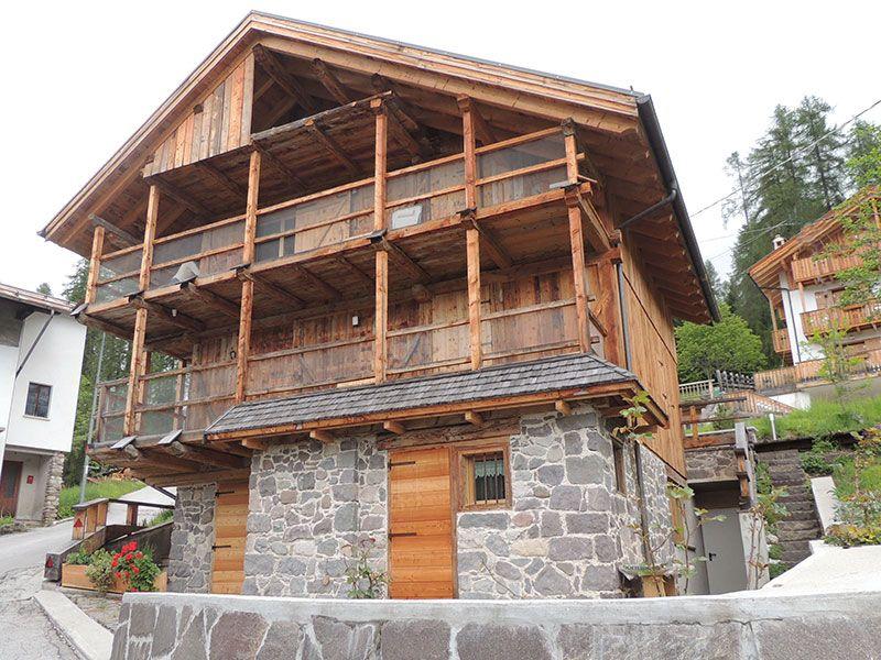 Vista esterna della casa vacanze Affitto Appartamento 94729 Falcade