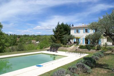Vista esterna della casa vacanze Affitto Villa  97637 Moustiers Sainte Marie