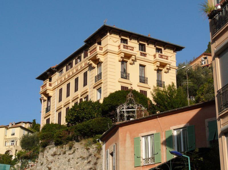 Vista esterna della casa vacanze Affitto Appartamento 99643 Menton (Mentone)