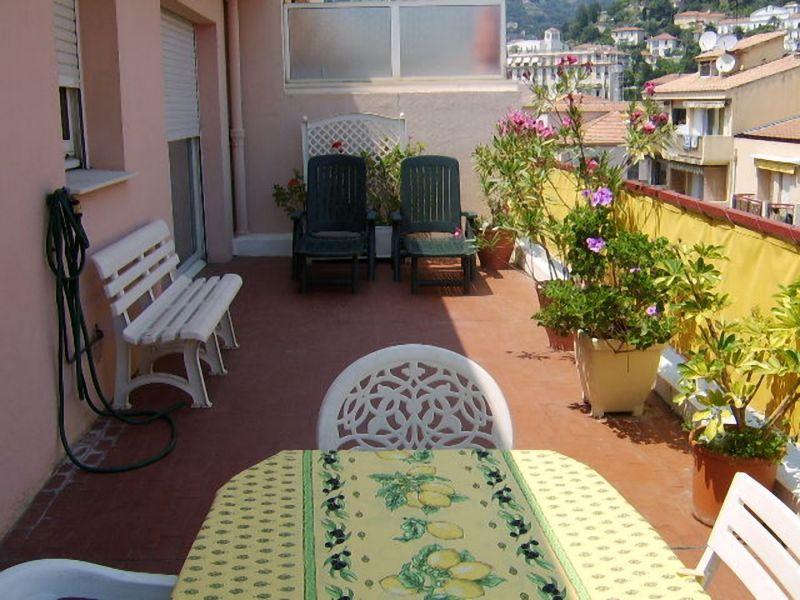 Vista dal terrazzo Affitto Appartamento 107752 Menton (Mentone)
