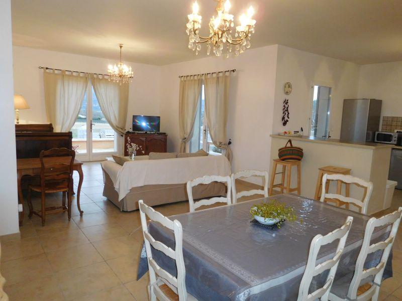 Soggiorno Affitto Villa  108228 Apt