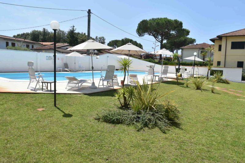 Piscina Affitto Villa  108425 Cinquale