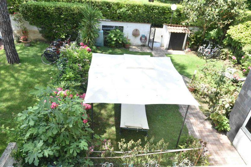 Vista dal terrazzo Affitto Villa  108425 Cinquale