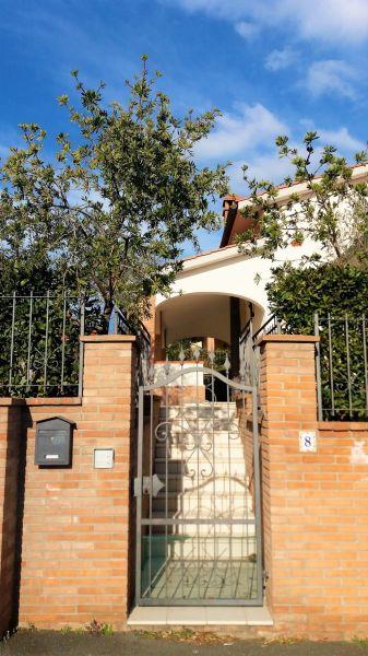 Entrata Affitto Villa  108891 San Vincenzo