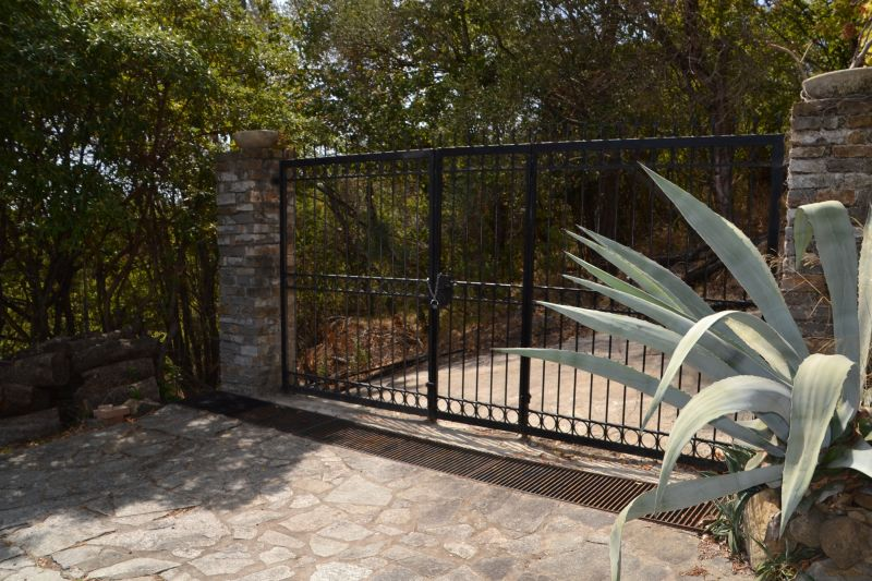 Entrata Affitto Villa  112392 Imperia