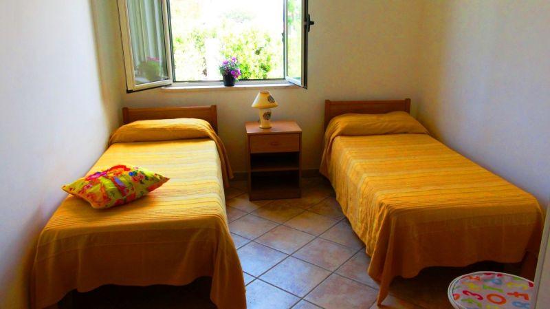 Camera 2 Affitto Villa  113093 Capo Vaticano