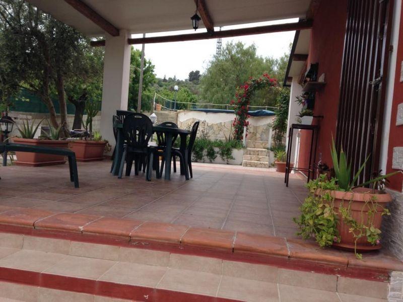Vista esterna della casa vacanze Affitto Villa  117251 Noto