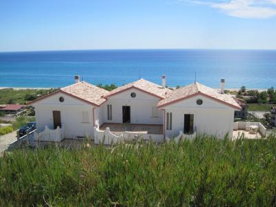 Vista esterna della casa vacanze Affitto Appartamento 78323 Santa Caterina dello Ionio