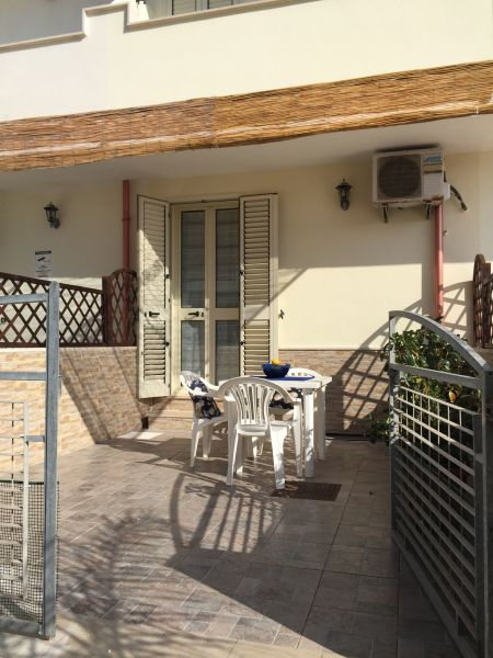 Entrata Affitto Appartamento 97977 Ugento - Torre San Giovanni