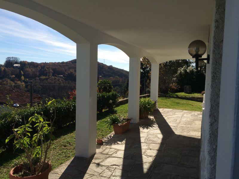 Vista dalla casa vacanze Affitto Casa 100694 Arona