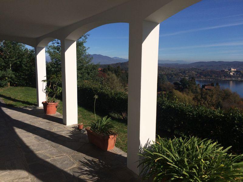Vista esterna della casa vacanze Affitto Casa 100694 Arona