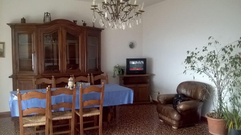 Salotto Affitto Casa 100694 Arona