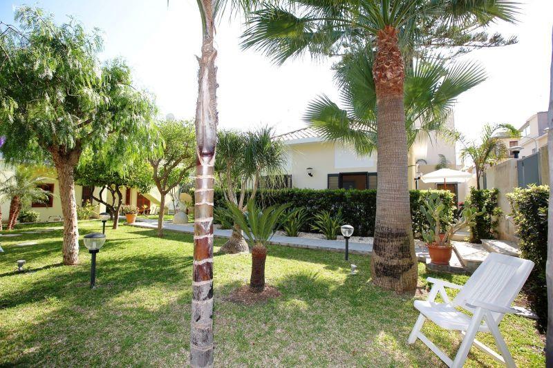 Giardino Affitto Villa  115324 Avola