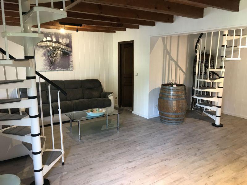 Salotto Affitto Agriturismo 119225 Bordeaux