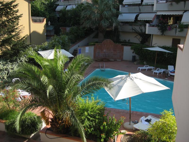 Vista dal terrazzo Affitto Appartamento 81776 Porto Azzurro