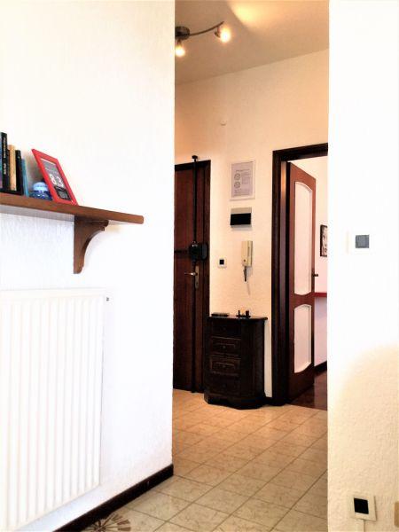 Entrata Affitto Appartamento 84648 Sanremo