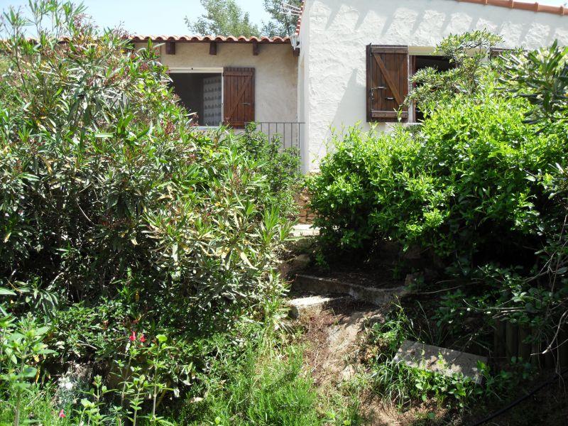 Vista esterna della casa vacanze Affitto Casa 89896 Porticcio