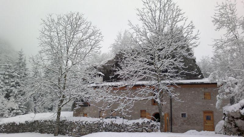 Vista esterna della casa vacanze Affitto Chalet 93103 Molveno