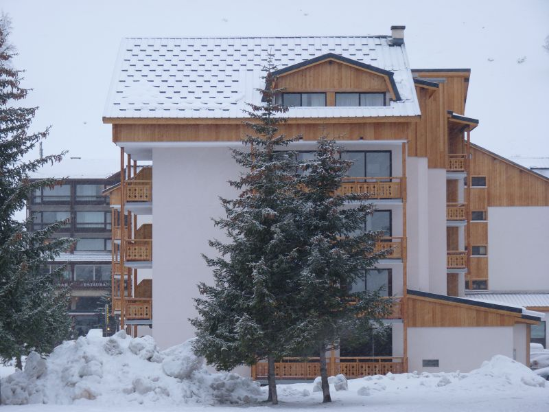 Vista esterna della casa vacanze Affitto Appartamento 101179 Les 2 Alpes