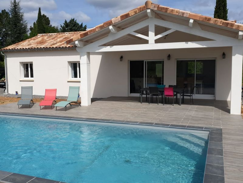 Vista esterna della casa vacanze Affitto Casa 119354 Les Vans