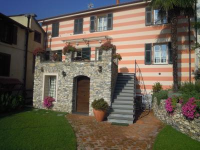 Vista esterna della casa vacanze Affitto Agriturismo 70169 Alassio