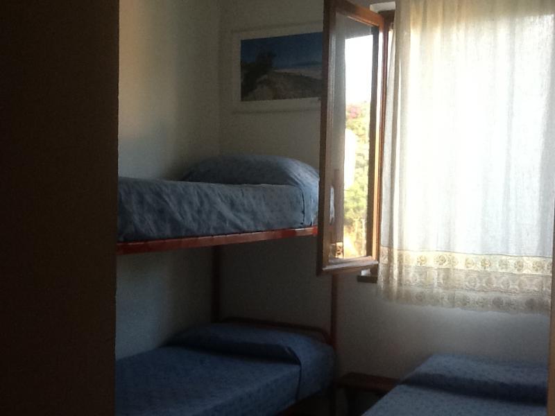 Camera 2 Affitto Appartamento 71233 Stintino