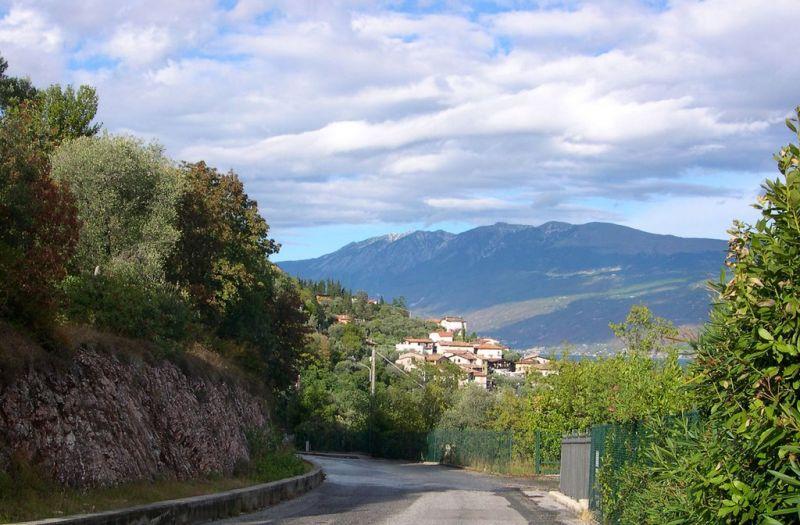 Vista nelle vicinanze Affitto Appartamento 78009 Toscolano-Maderno