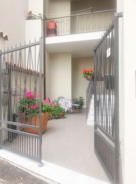 Entrata Affitto Appartamento 78009 Toscolano-Maderno