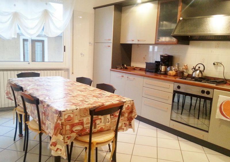 Cucina separata Affitto Appartamento 78009 Toscolano-Maderno