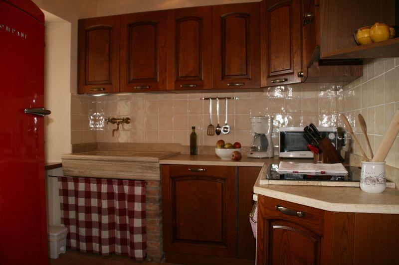Cucina separata Affitto Agriturismo 84892 Siena
