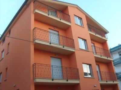 Vista esterna della casa vacanze Affitto Appartamento 88815 Alba Adriatica